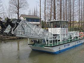 上海   多功能割草保洁船