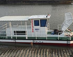 半自动保洁船