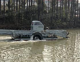 河渠专业打捞船