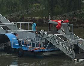 全自动小型割草船